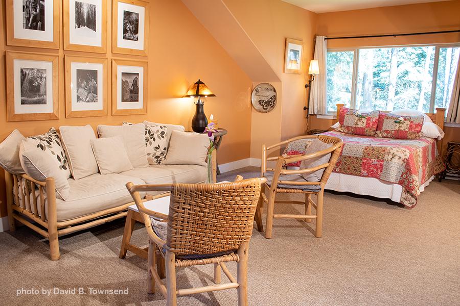 Suite 1 sitting area